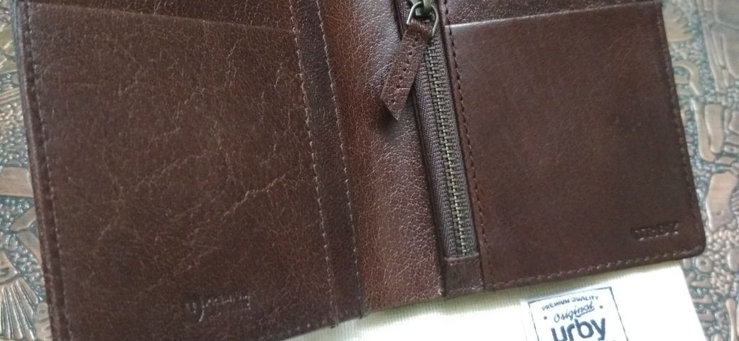 URBY Travel Wallet